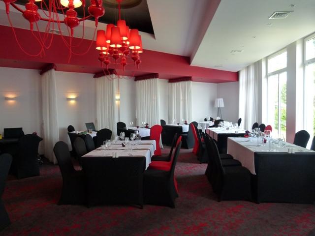 Restauracja Kolory Wina w hotelu NoBo