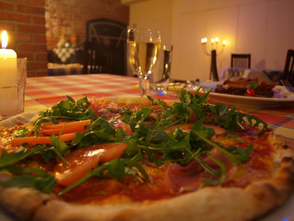 Pizza z menu Ristorante Doneda fot. Facebook