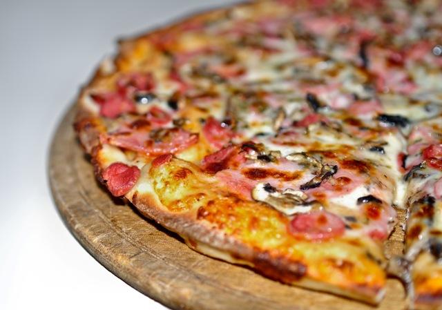 Najlepsza pizza na ośce fot. sxc.hu