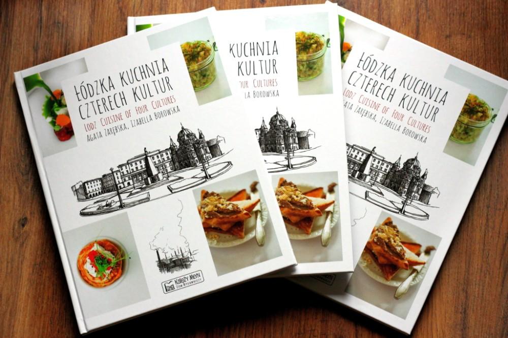 Na zdjęciu widać trzy książki Łódzka Kuchnia Czterech Kultur