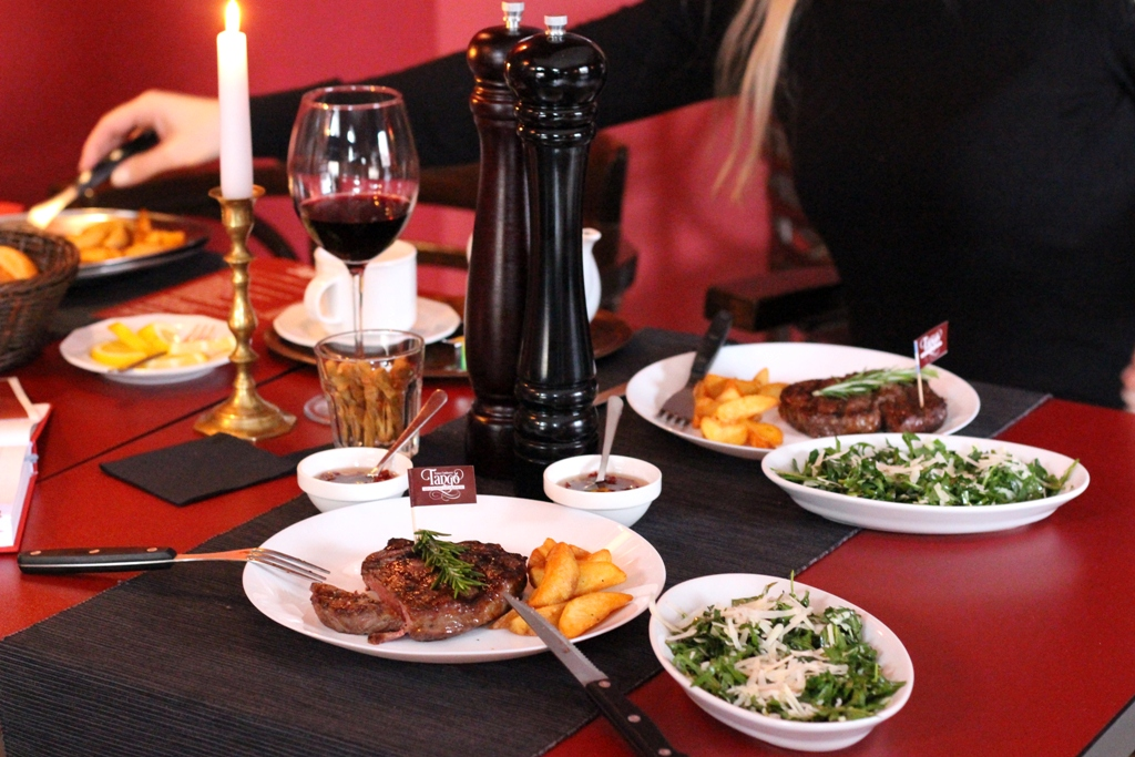 Tango argentino steakhouse