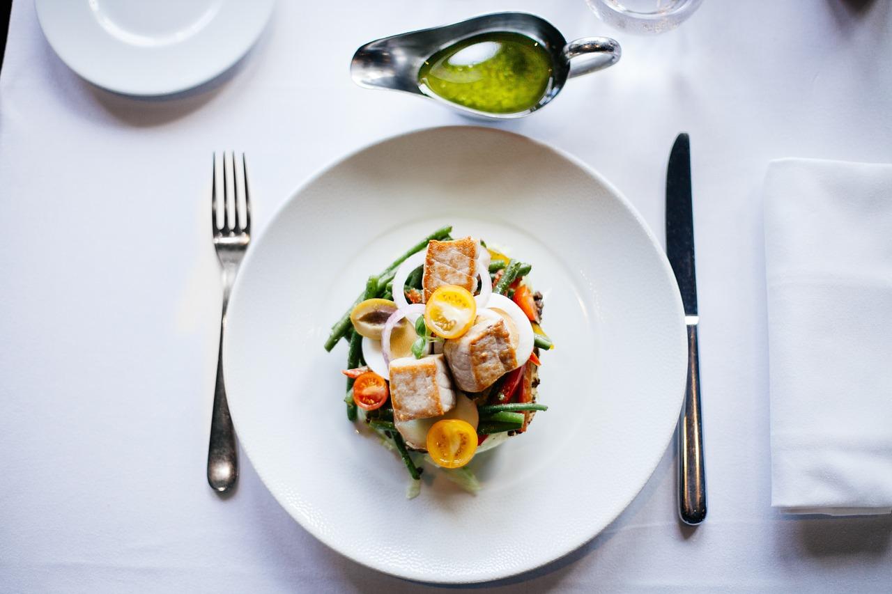 Jak jeść zdrowo w restauracjach