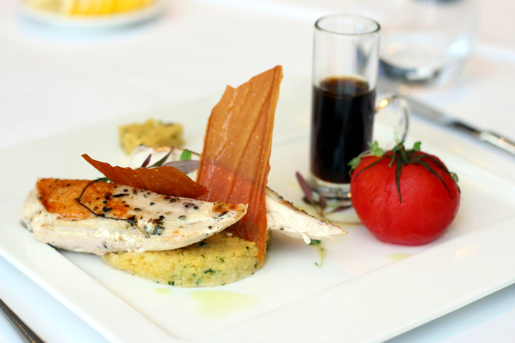 Festiwalowe danie w restauracji hotelu Hilton