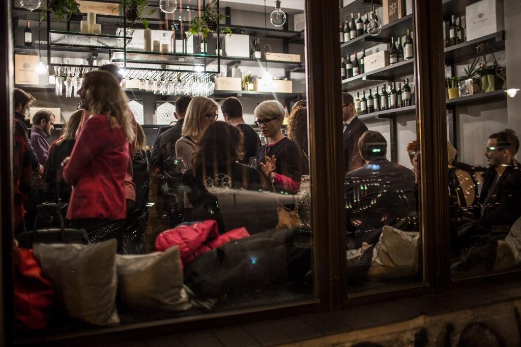 Dwa przez Cztery – nowy wine bar w centrum miasta