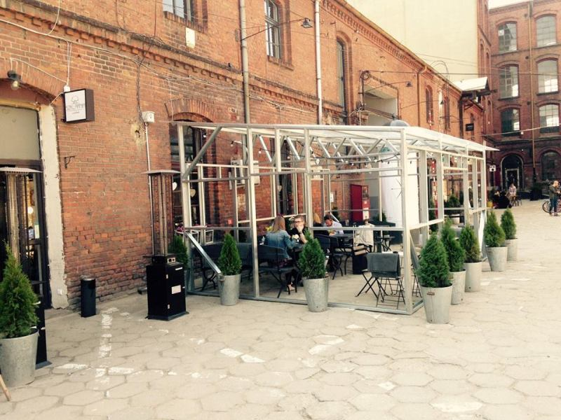 Nowy ogródek restauracji Szklarnia by LaVende