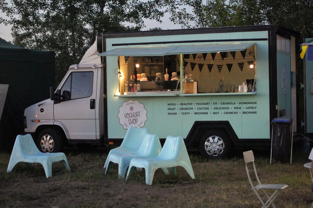Yoghurt Shop – food truck ze zdrowymi śniadaniami
