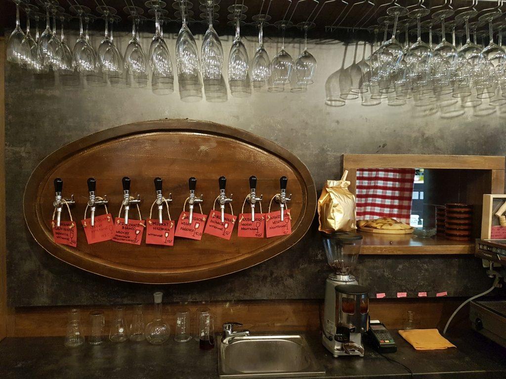 WINNI – wino i przysmaki przy Piotrkowskiej
