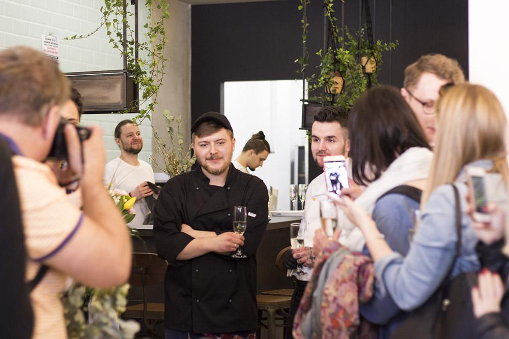 Igor Owczarek na otwarciu Tel Aviv Urban Food