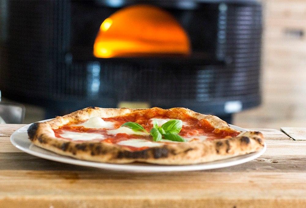 Forno nero – nowa pizzeria z pizzą neapolitańską, również w wersji wegańskiej