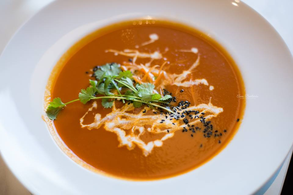 Nowa Ziemia – restauracja skupiona wokół świadomego odżywiania