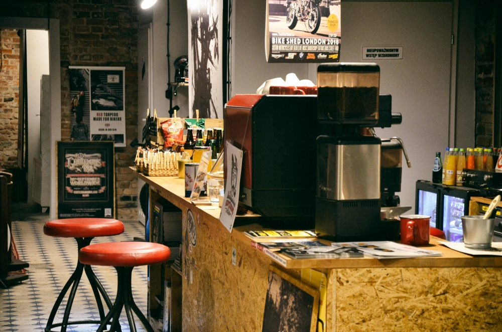 Znikąd Donikąd – motocykle i kawa na Księżym Młynie