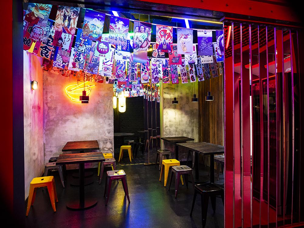 Wystrój Ramenowni przywodzi na myśl japońskie ramen shopy