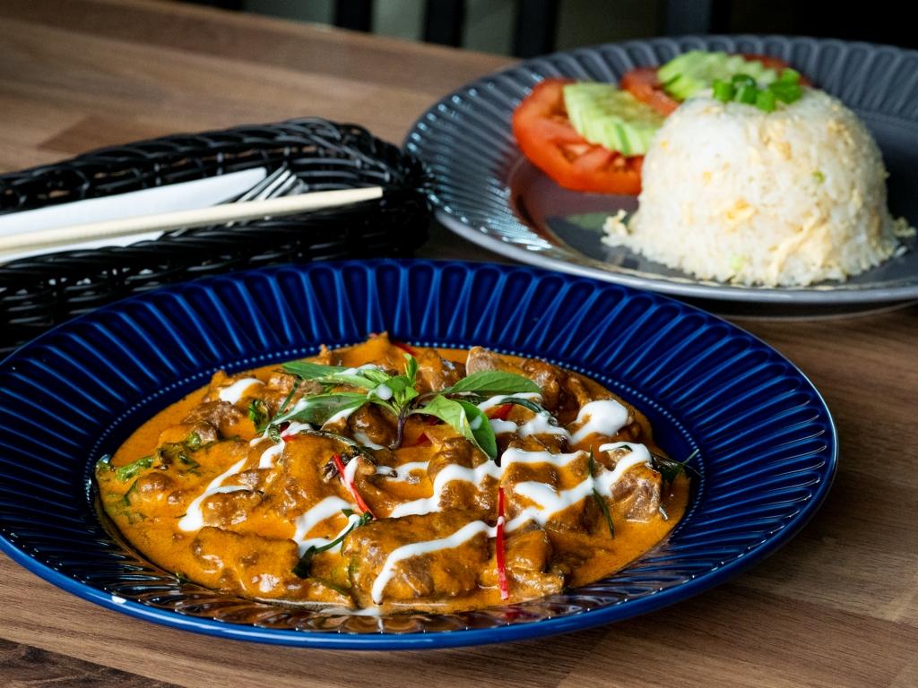 Mały TAJ - panang curry z wołowiną