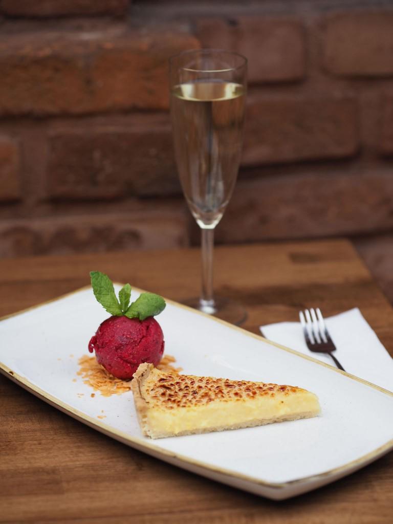 Al Dente Pasta & Prosecco Bar